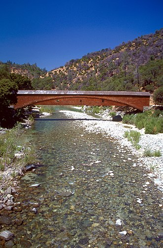 Yuba River - Image: Bridgeport covered bridge Nevada County CA