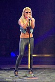 Britney Spears Greensboro 01.jpg
