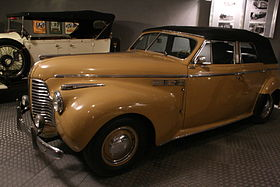 Buick Eight (Helm) 002.jpg
