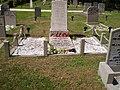 Bunschoten monument burgerslachtoffers 21 en 22 april 1945.jpg