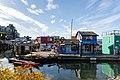 Bunte Häuser Fisherman's Wharf Victoria Vancouver island (44674016742).jpg