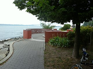 Buono Beach Public beach in Staten Island, New York