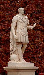 César (marbre d après l antique), jardin des Tuileries.