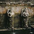 COLLECTIE TROPENMUSEUM Waterspuwers op de badplaats bij de Pura Goa Gajah of Olifantsgrot TMnr 20027326.jpg