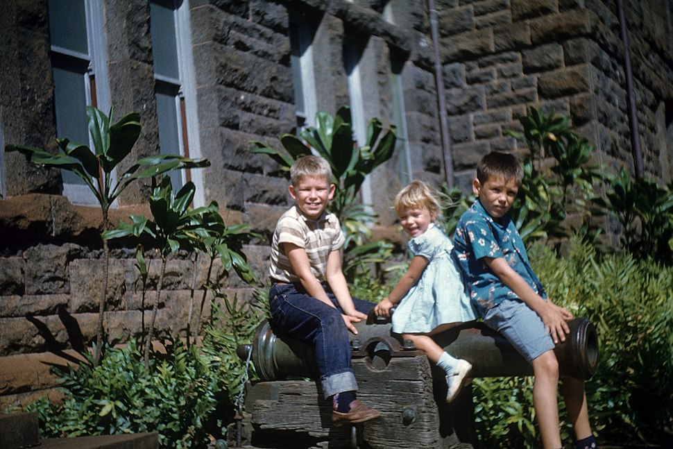 Cannon outside the Bishop Museum Honolulu 1960