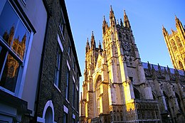 Canterbury cathedral July 24 2007.jpg