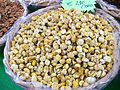Castagne secche dried chestnut italy.JPG