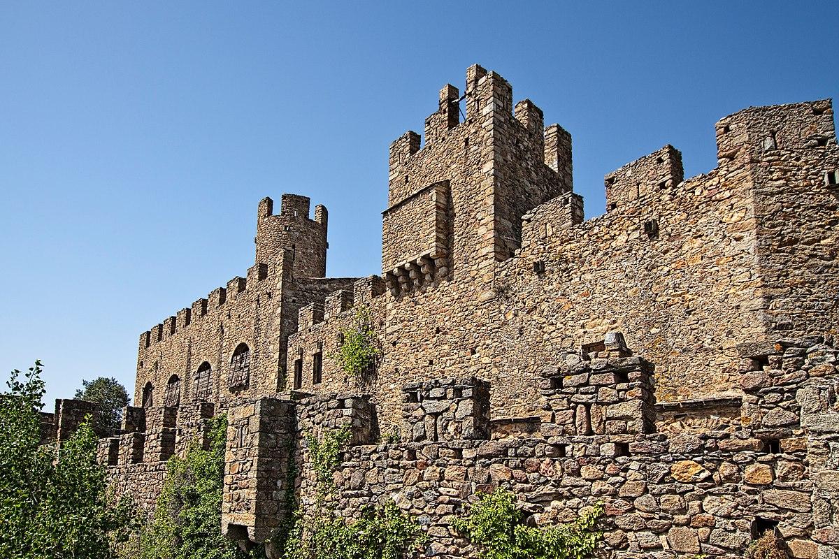 Castillo de requesens wikipedia la enciclopedia libre - Castillo de azay le rideau ...