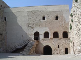 Miravet - Inner courtyard at Miravet castle