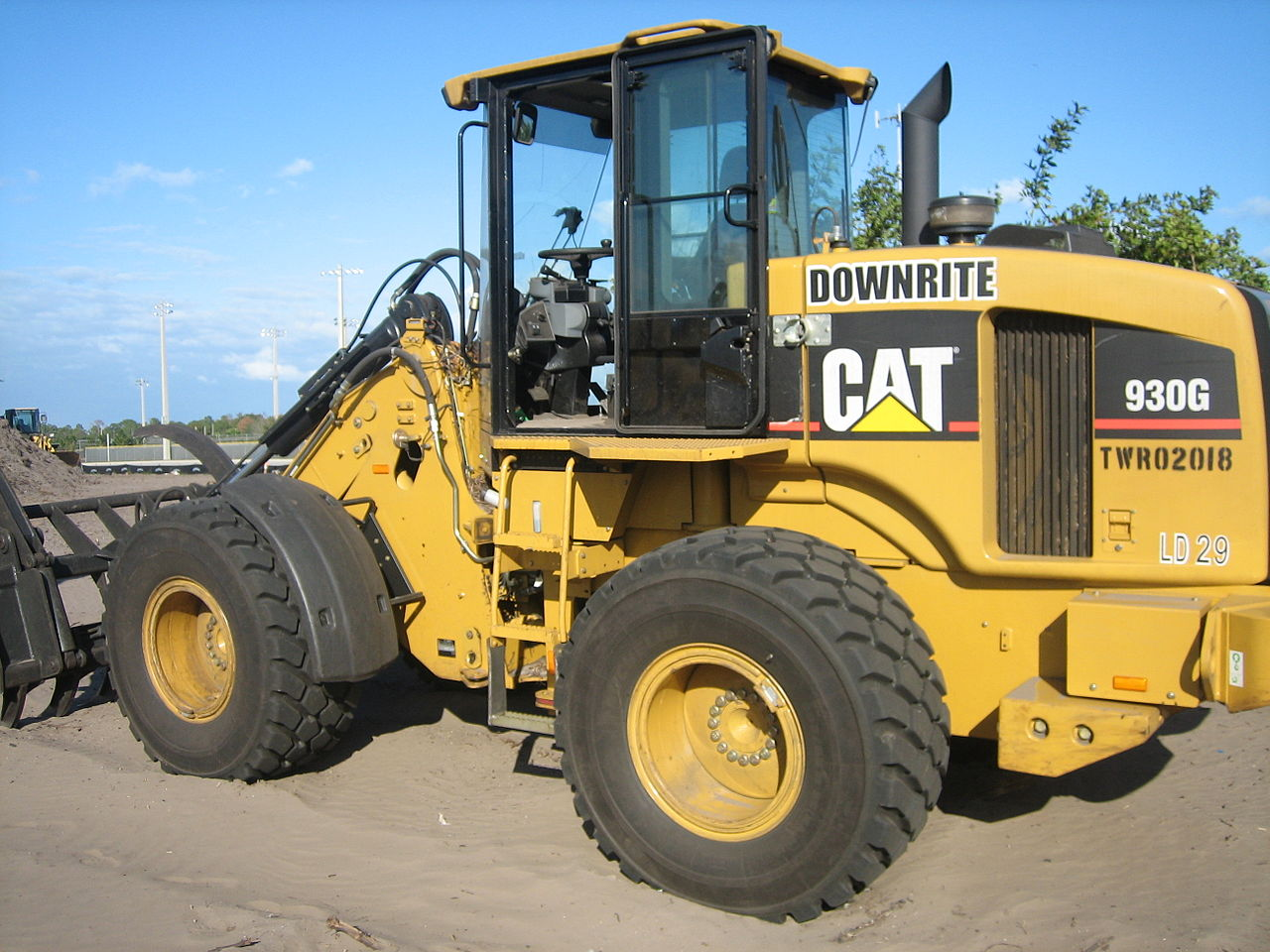 Used Cat Loaders For Sale In Tulare And Visalia