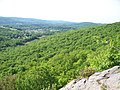 Cats Rock- Appalachian Trail - panoramio.jpg