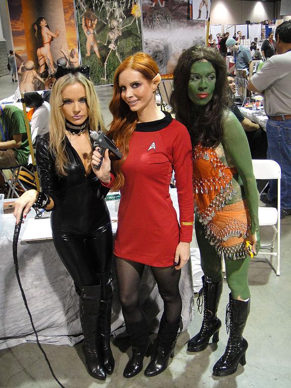 Filecatwoman From Batman, Vulcan Federation Starship -4713