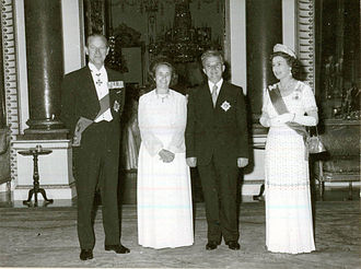 Nicolae Ceaușescu - The presidential couple is received by Queen Elizabeth II at Buckingham Palace in June 1978