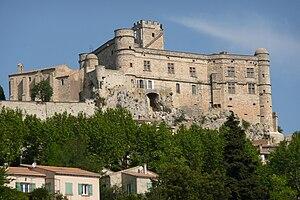 Le Barroux - Image: Château Le Barroux 2