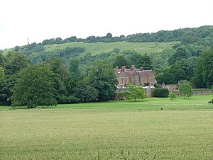 Chequers - Image: Chequers from the Ridgeway with Coombe Hill behind geograph.org.uk 508456