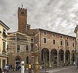 Chiese di San Vito e Santa Lucia (Treviso) - Viste della Piazza San vito.jpg