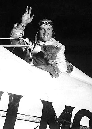 Roscoe Turner - Roscoe Turner, and Gilmore as a cub (1930)