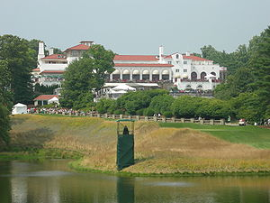 Congressional Country Club - Clubhouse in 2007, 10th tee in foreground
