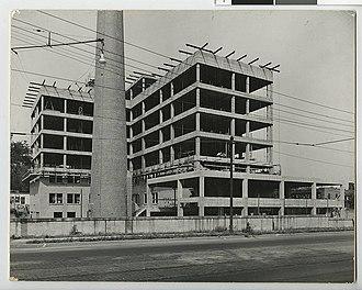 Liebenberg and Kaplan - Construction of Mount Sinai Hospital