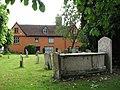 Cottage adjoining St Michael's churchyard, Framlingham - geograph.org.uk - 1934158.jpg