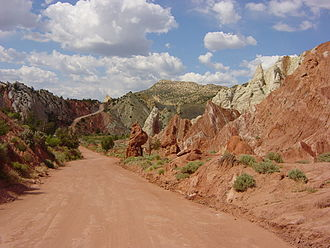 Cottonwood Canyon Road - View north at the same location with the colorful rocks of the Coxcomb on the right