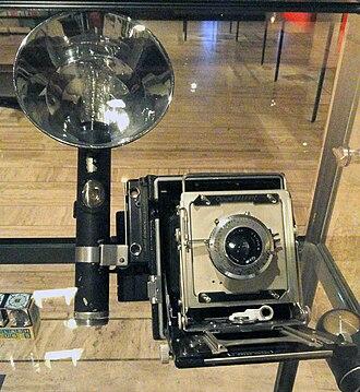 Graflex - Image: Crown Graphic flash, 1948 Musée Nicéphore Niépce DSC06014