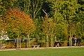 Détente au soleil d'automne (23091410863).jpg