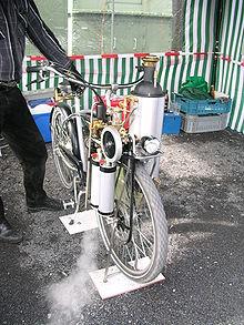 Dampf-Fahrrad 3.jpg
