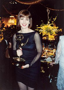 Delany at 1989 Emmy Awards, holding the award she won for Outstanding Lead Actress in a Drama Series