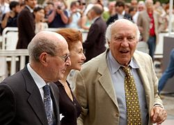 Oliveira and Michel Piccoli at the 2001 Cannes Film festival