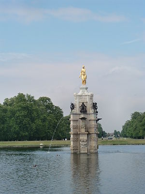 Longford River - The Diana Fountain in Bushy Park from the south gate