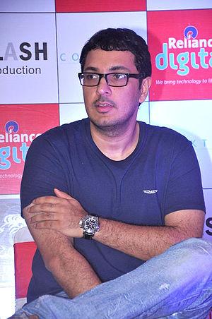 Dinesh Vijan - Image: Dinesh Vijan promotes 'Cocktail' 03
