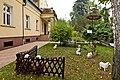 Dom schronienia, ogród, Krzeszowice, A-470 M 06.jpg