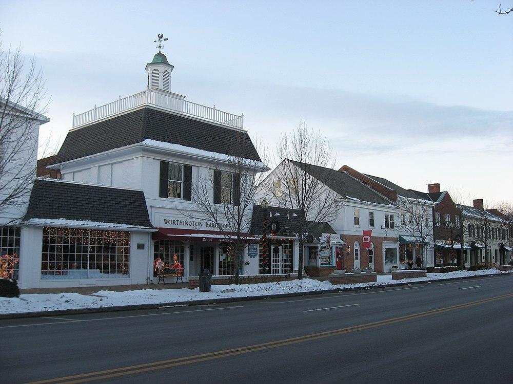 The population density of Worthington in Ohio is 944.68 people per square kilometer (2445.95 / sq mi)