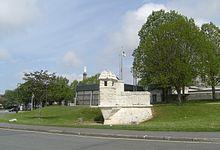 220px-Echauguette_en_centre-ville_de_Rochefort