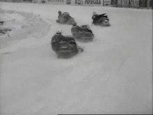 Archivo: Eerste kennismaking snowmobielraces Weeknummer, 79-13 - Open Beelden - 51230.ogv