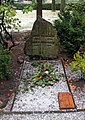 Ehrengrab Wilhelm-Blume-Allee 10 (Tegel) Adolf Dünnebacke.jpg