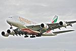 Emirates Airbus A380-861, A6-EDE@LHR,05.08.2009-550gb - Flickr - Aero Icarus.jpg