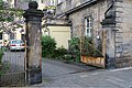 Erlanger Straße 25 Pfeilerportal (Bayreuth).jpg