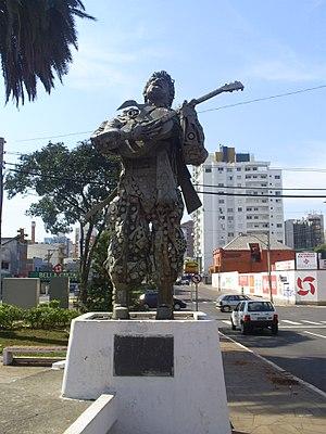 Passo Fundo - A statue honoring gaucho folk singer Victor Matheus Teixeira in Passo Fundo.