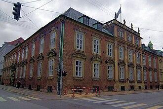 Dronningens Tværgade - Moltke's Mansion on the corner of Bredgade
