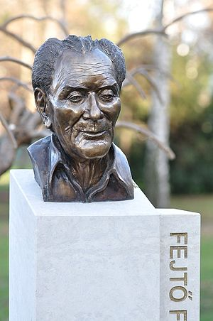 Fejtö, François (1909-2008)