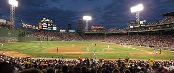 [Validé par l'AGS] Invention du baseball 350px-Fenway_at_night