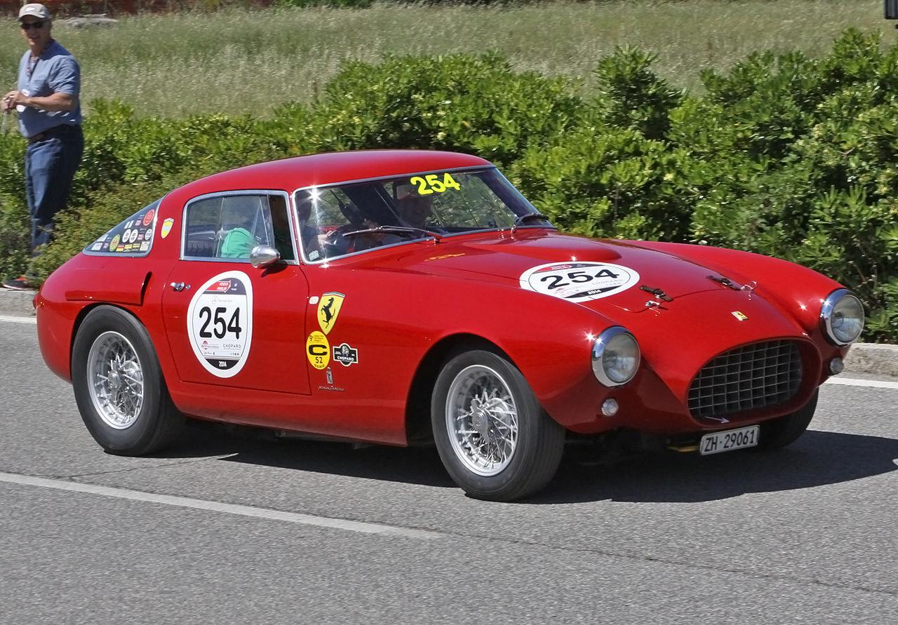 1280px-Ferrari_250_MM_Berlinetta_-_MM_2014_-_%2814241703734%29.jpg