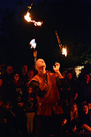Feuershow – Hörnerfest 2014 01.jpg