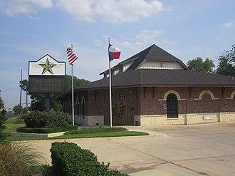 Hearne, Texas - First Star Bank is located in Hearne off Texas State Highway 6 south.