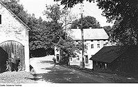 Fotothek df rp-e 0360009 Kubschütz-Blösa. Ehem. Niedermühle, jetzt Gastwirtschaft.jpg