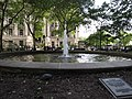 Fountain, Bowling Green, Manhattan, New York (7237063048).jpg