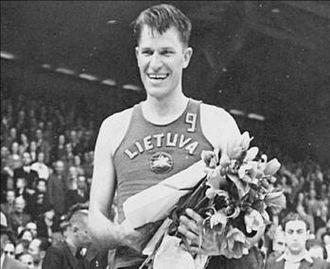 Frank Lubin - Frank Lubin during EuroBasket 1939