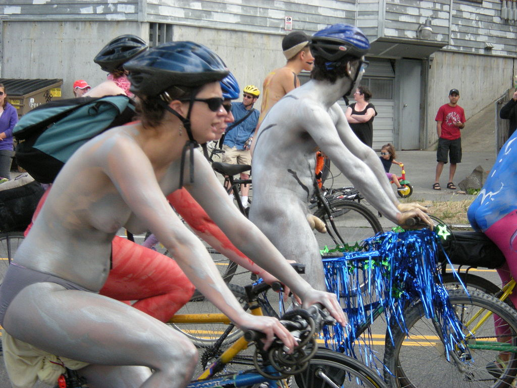 nude cyclists fremont solstice 2009